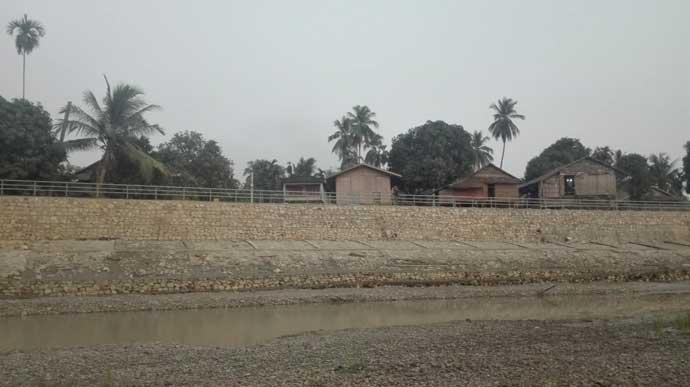 Pa Lauk Retaining Wall